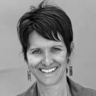 Julie Cwikla